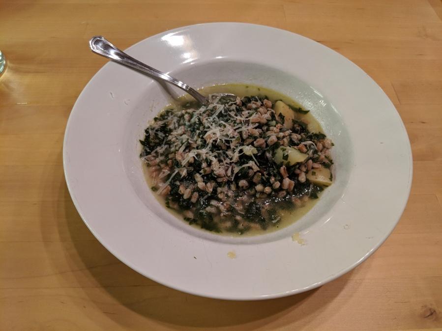 Zuppa farro, spinaci epatate